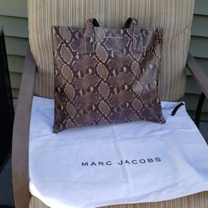 MARC JACOBS SNAKE WINGMAN TOTE